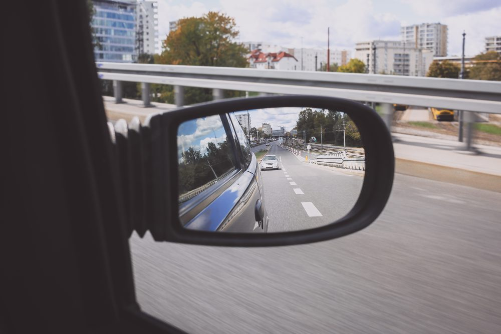 reflection_in_a_car_side_mirror-1000x667