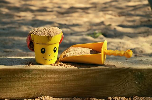 sand-pit-1345728_640 (1)