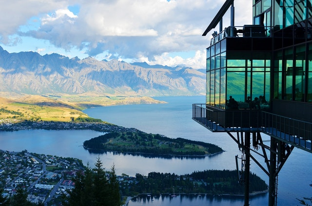 new-zealand-lake-mountain-landscape-37650