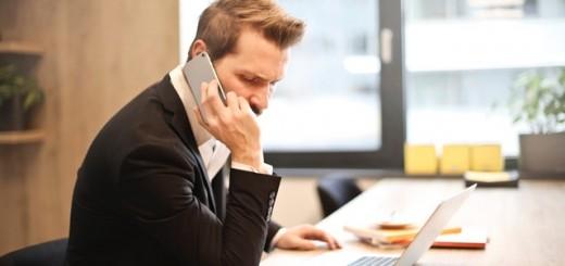 businessman-cellphone-communication-859264